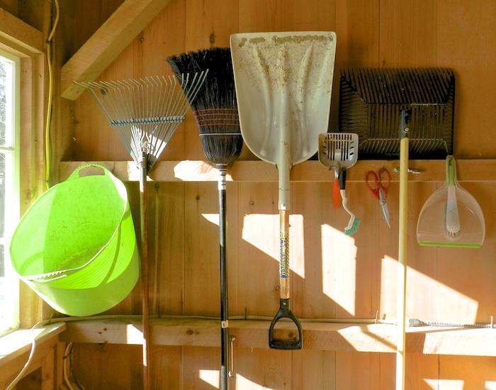 coop barn tools