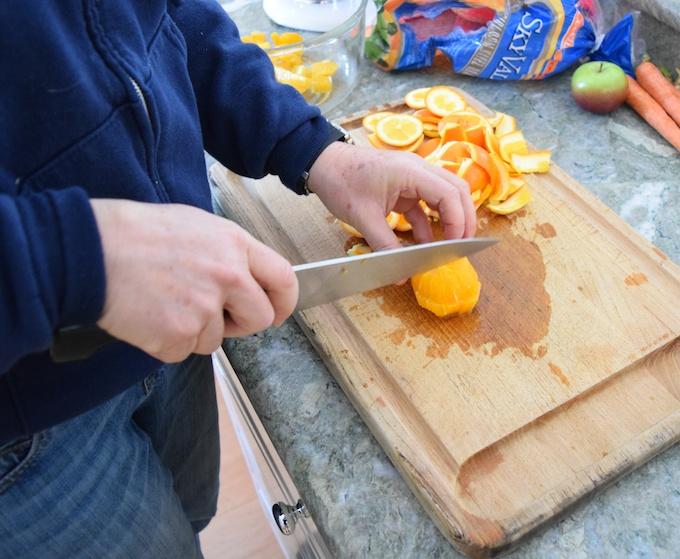 cutting oranges 3