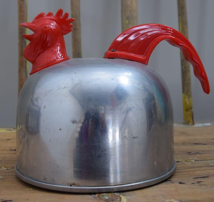 kettle left